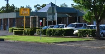 moree services club